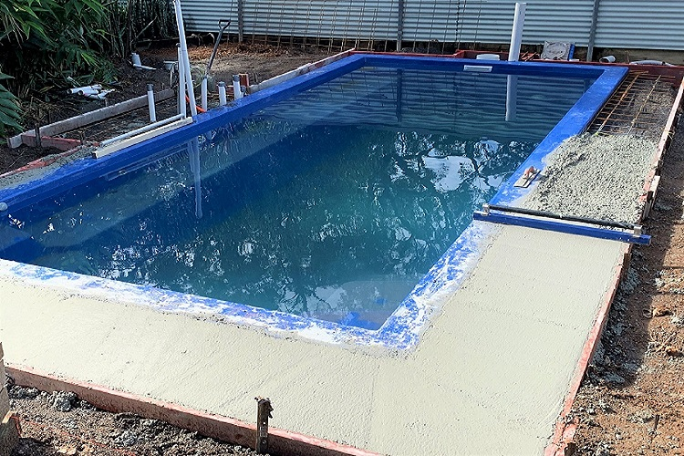 How long does it take to install a fibreglass pool?